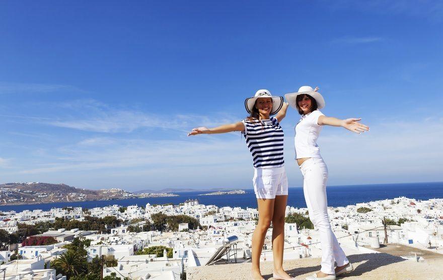 найти попутчицу для отдыха за границей всего